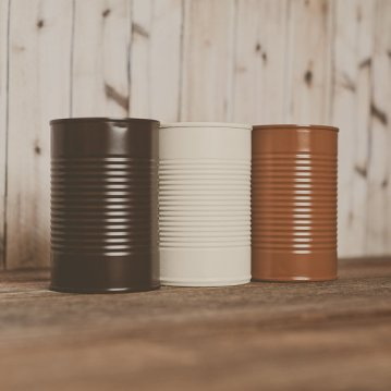 Painted tin cans for centerpieces, by StyleJarsandCans on etsy.com
