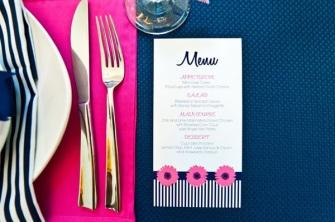 Table setting idea {via bridesofadelaide.com.au}