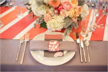 Table setting idea {via weddingchicks.com}