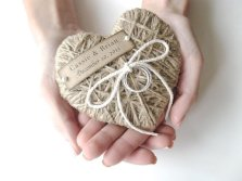 Twine heart ring holder, by AlisaMayde on etsy.com