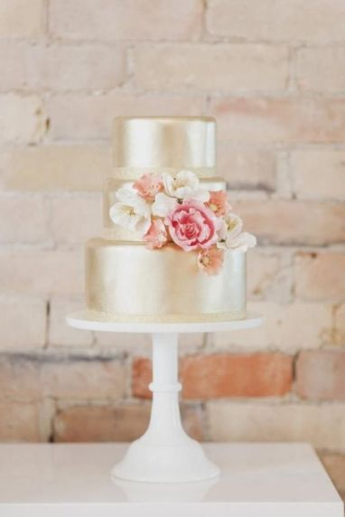 Wedding cake inspiration {via theasianfashionjournal.com}
