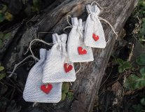 Wedding favour bags, by postcardiYA on etsy.com