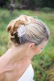 Birdcage veil and rhinestone hair comb, by BridesBoutik on etsy.com