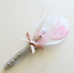 Blush and grey boutonniere, by parfaitplumes on etsy.com