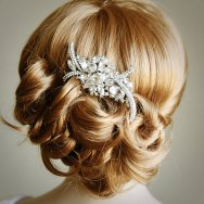 Bridal hair comb, by GlamorousBijoux on etsy.com