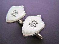 Customised crest cufflinks, by TesoroJewelry on etsy.com