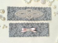 Garter set, by venusshop on etsy.com