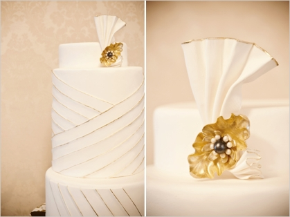 Old Hollywood Glamour wedding cake {via weddingchicks.com}