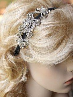 Crystal and pearl headband, by annasinclair on etsy.com