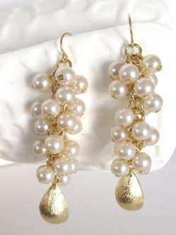 Gold and white earrings - www.etsy.com/shop/LoveShineBridal