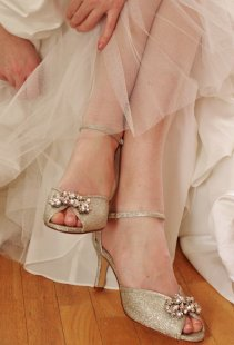 Gold bridal shoes - www.etsy.com/shop/abigailgracebridal