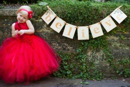 Red flower girl dress - www.etsy.com/shop/HippityHootNotion