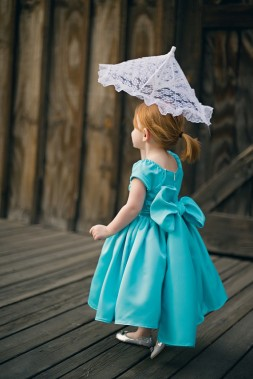 Aqua flower girl dress - www.etsy.com/shop/beaneandco
