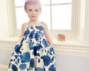 Blue and white floral flower girl dress - www.etsy.com/shop/sneakypea