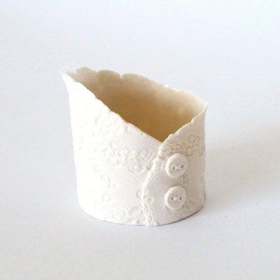 Ceramic tealight candle holder - www.etsy.com/shop/VanillaKiln