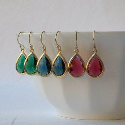 Emerald-green, sapphire-blue and ruby-red earrings - www.etsy.com/shop/PeriniDesigns