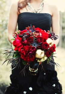 Oxblood bouquet inspiration {via lover.ly)