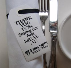 Personalised napkin holders - www.etsy.com/shop/IzzyandLoll