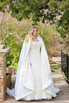 Powder-blue cape for a winter wedding - www.etsy.com/shop/capeandcrown13