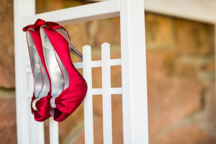 Red wedding shoes - www.etsy.com/shop/DesignYourPedestal