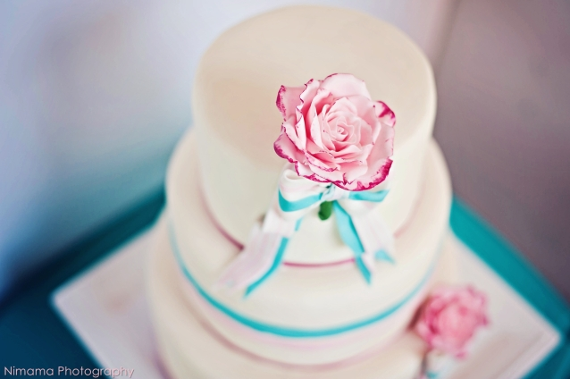 Wedding cake inspiration {via cakechooser.com}
