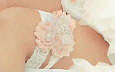 Blush and ivory garters - www.etsy.com/shop/nanarosedesigns
