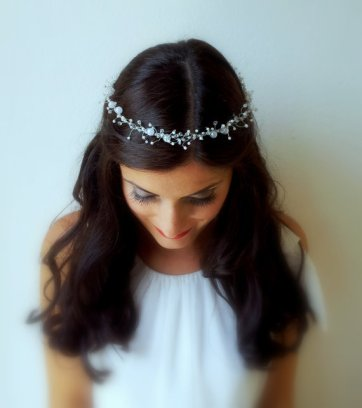 Bridal hair accessory - www.etsy.com/shop/FabulousBrides