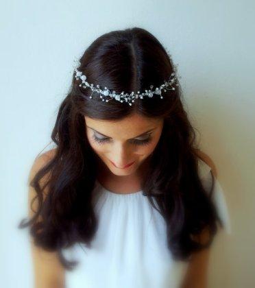 Bridal hair accessory - www.etsy.com/shop/FabulousBrides