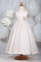 Flower girl dress - www.etsy.com/shop/JulieGraue