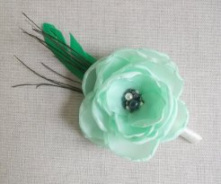 Groom's mint and white boutonniere - www.etsy.com/shop/ZBaccessory