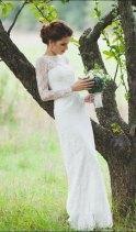 Lace wedding dress - www.etsy.com/shop/CarouselFashion