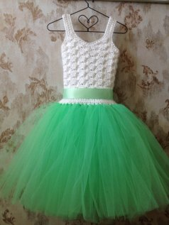 Mint and white flower girl dress - www.etsy.com/shop/Qt2t