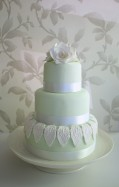 Mint and white wedding cake idea {via myinspiredwedding.com}