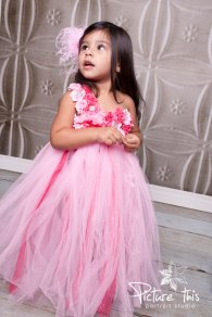 Pink flower girl tutu dress - www.etsy.com/shop/Pixiecoutureonetsy