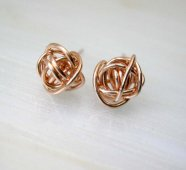 Rose gold earrings - www.etsy.com/shop/deezignstudio
