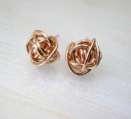 Rose gold earrings - www.etsy.com/shop/deezignstudio