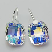 Swarovski crystal earrings - www.etsy.com/shop/Advenche
