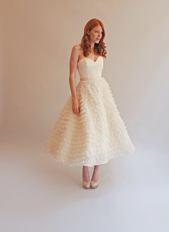 Wedding dresses from by us uk canadian and nz for Etsy tea length wedding dress