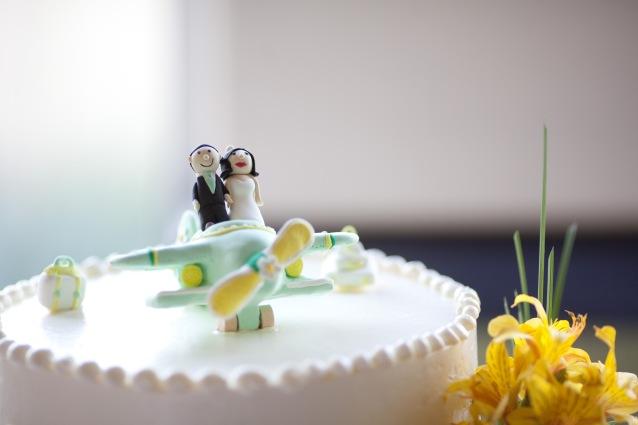 Travel wedding cake inspiration {via jennyleesjottings.wordpress.com}