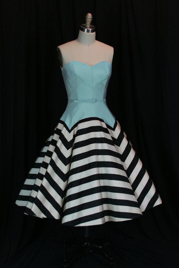 Black blue and white retro style wedding dress for Best etsy wedding dress shops