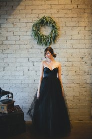 Black wedding dress - www.etsy.com/shop/ouma