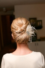 Bridal hairstyle {via boards.weddingbee.com}