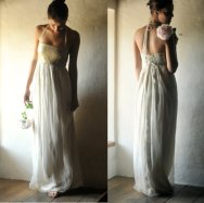 Gold and white wedding dress - www.etsy.com/shop/larimeloom