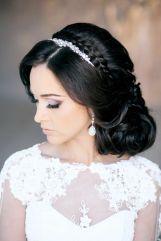 Hairstyle with a headband {via elstile.ru}