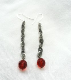 Red and gunmetal-grey earrings - www.etsy.com/shop/PalindromeCircus