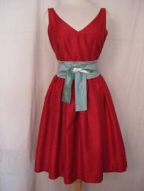 Red bridesmaid dress - www.etsy.com/shop/kimeradesign