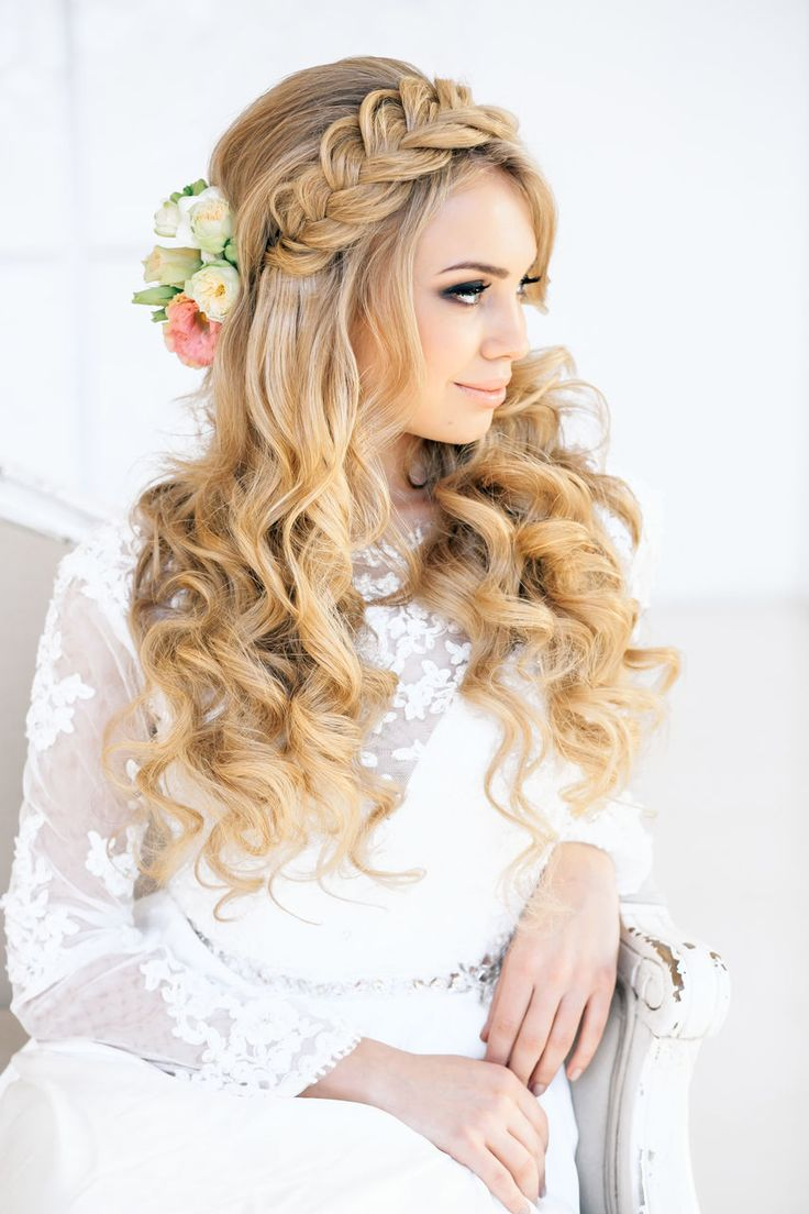 Wedding Hair And Makeup Ct Jonathan Edwards Winery: Romantic Braid And Curls {via Elstile.ru}