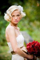 Short hairstyle {via weddingwire.com}