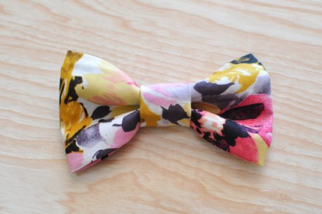 Watercolour bow tie - www.etsy.com/shop/MailaMarie