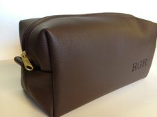 Men's customised leather toiletries bag - www.etsy.com/shop/FelixStreetStudio